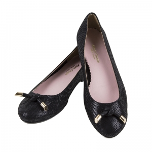 Black leather ballet flats