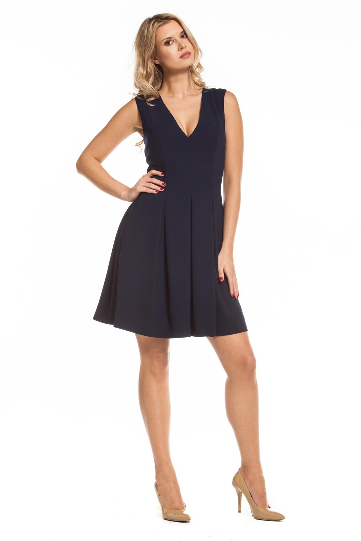 53640f42ce Granatowa sukienka z głębokim dekoltem Karina by Swing SWING FASHION ...