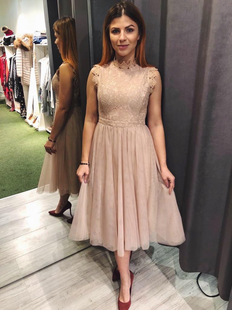 25b68db5cb Beżowa sukienka z koronkową górą oraz tiulowym dołem SWING FASHION STORE